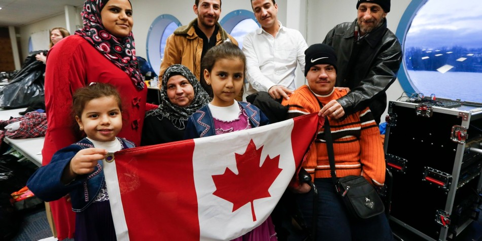 Friends of Syria host dinner for refugees