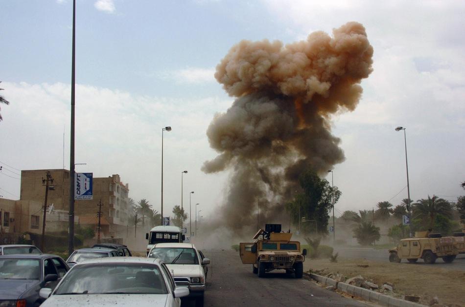 Car_bomb_in_Iraq.jpg